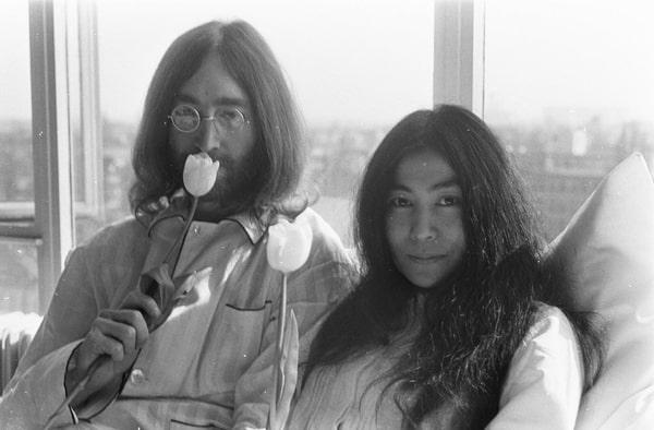 John Lennon & Yoko Ono in Amsterdam