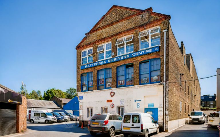 View of Lavender Hill, SW11 5QL