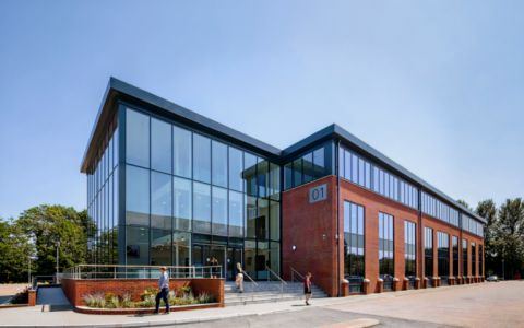 Serviced Offices Meadlake Place, Surrey