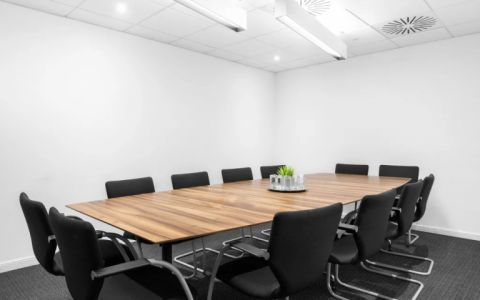 View of M40, Junction 2, Beaconsfield Serviced Offices