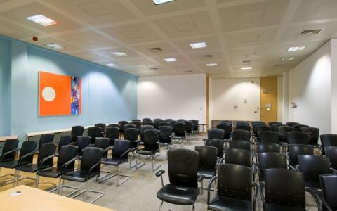 Pictures of offices in London West, UB11 1BD