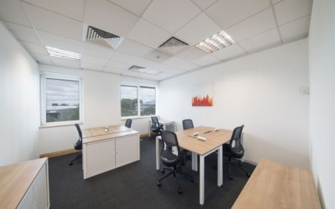 Pictures of offices in London West, UB8 1HR
