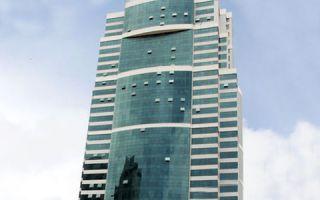Avenida Tancredo Neves, 620, 33º andar – Caminho das Árvores, 41820-020