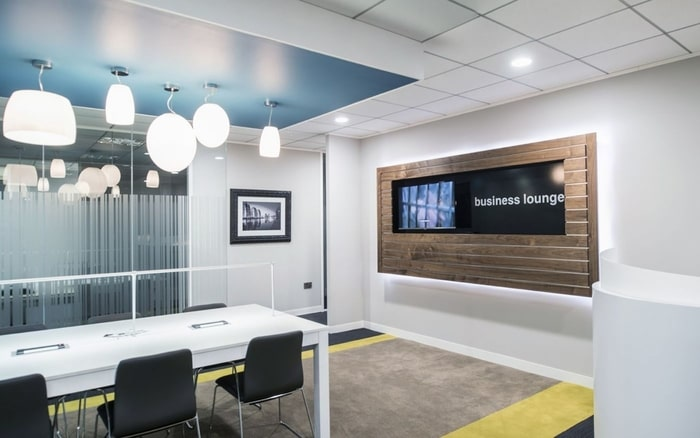 Example meeting room, at Regus Fountain Street office