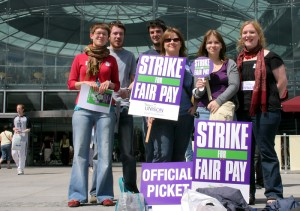 Picketing_at_The_Forum,_Norwich_in_2008